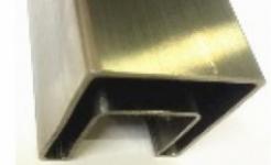 Труба профильная с пазом AISI 304 40х60х1,5мм, паз 24х24мм, длина 6000мм (GRIT 600)
