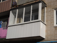 Остекление балкона алюминиевым профилем. 3200x700х1500 мм.