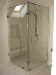 Душевые перегородки с прозрачным стеклом. Двери для душевой кабины 900*900*200 мм.