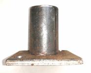 Закладная квадратная с трубкой под 100 мм. низ.